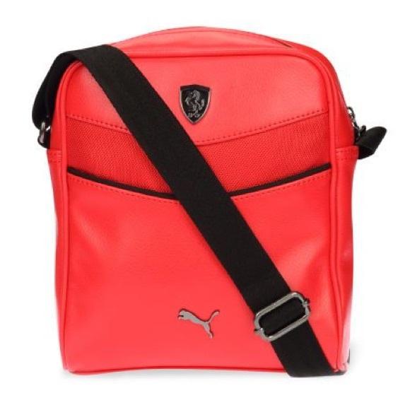 26d8f33e8fa PUMA Scuderia Ferrari Shoulder Bag. M_5c53804fc89e1d20732a7ec9